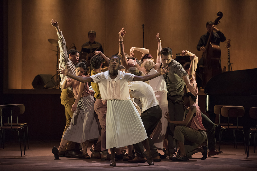 Image of Rambert: A Linha Curva and Other Works