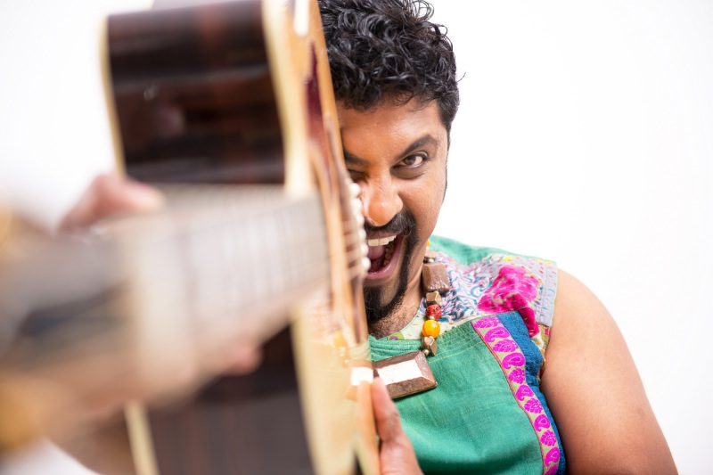 Image of Interview: Raghu Dixit