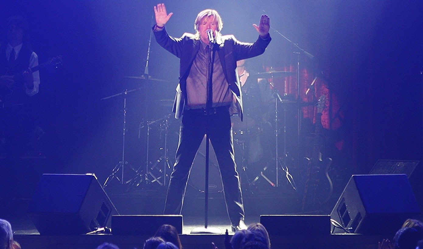 Image of Peter Noone